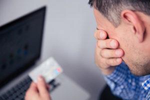 Fraude com cartão: saiba como evitar!